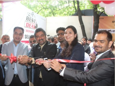 Honda 2Wheelers India opens its 100th best deal outlet in Mumbai