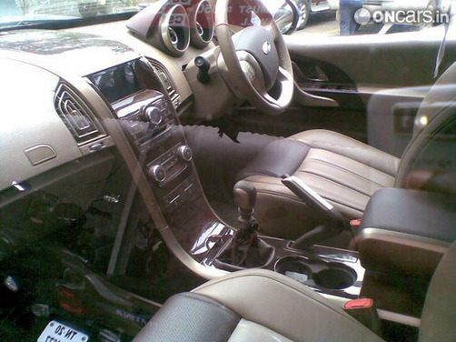 Interiors of the XUV500 leaked days before the launch