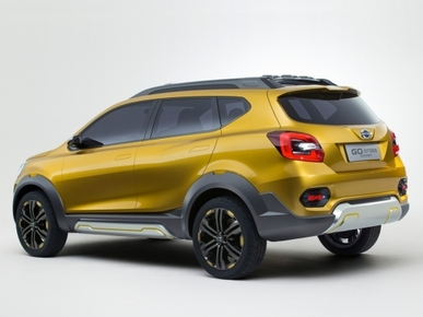 Datsun GO Cross Crossover Launch in 2017