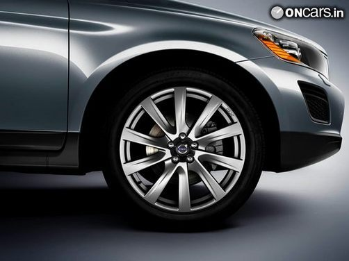 2013 Volvo XC60 Inscription unveiled