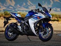 Tvs Bmw G 310 R Vs Yamaha R3 Vs Kawasaki Ninja 300 Vs Ktm Duke 390