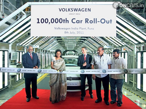 Volkswagen rolls out 1,00,000th vehicle from the Chakan plant