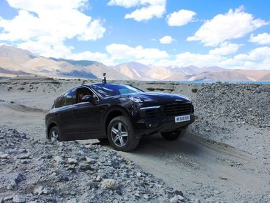 Porsche India collaborates with Women Beyond Boundaries for a drive across Himalayas