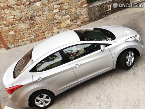 2012 Hyundai Elantra launched at Rs 12.51 lakh