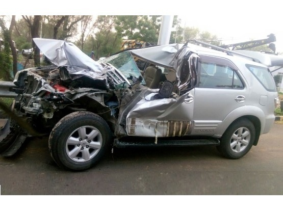 Even Premium Suvs Fail To Deploy Airbags In Massive Accidents Is