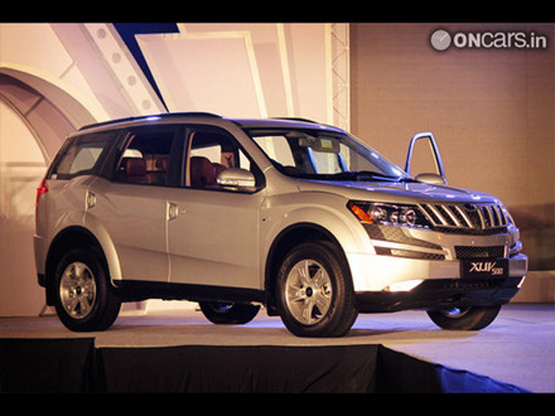 Cheaper Mahindra XUV500 W4 variant could launch by end of this month