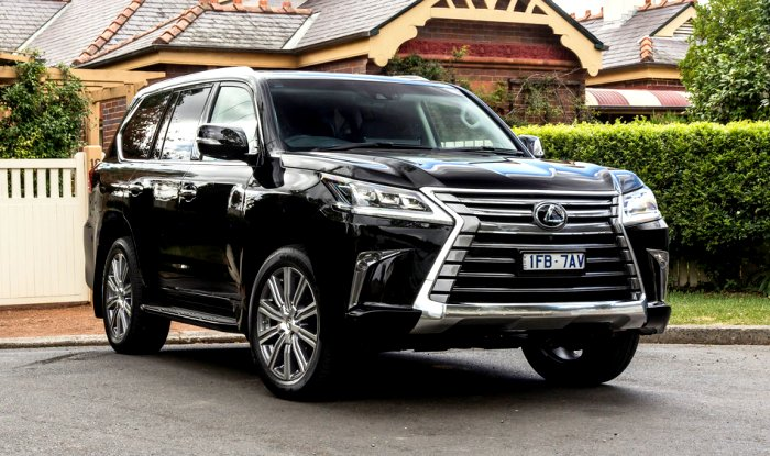 Lexus Bookings Started In India By Toyota Deliveries March 2017