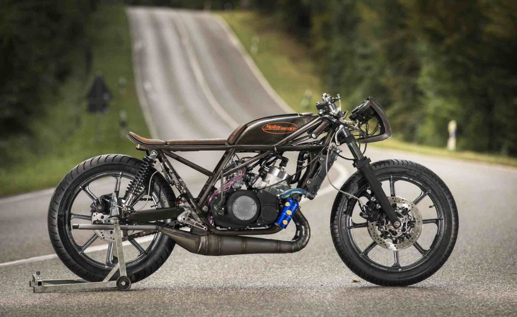 This heavily modified Yamaha RD350 Falcon will make your day   News