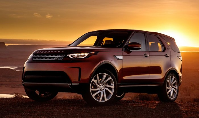 All New Land Rover Discovery 2017 India launch on October 28; Price in India, Specs, Features, Images
