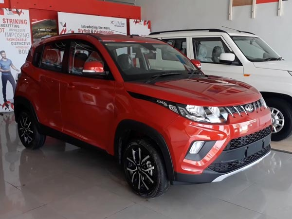 Mahindra KUV100 NXT launch LIVE Updates: Price in India starts at INR 4.39 Lakh; Engine Specifications, Features, Mileage and Variant details of KUV100 Facelift