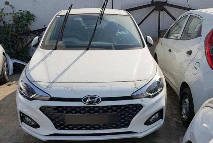 New Hyundai i20 2018 Spied Ahead of Auto Expo 2018 Debut