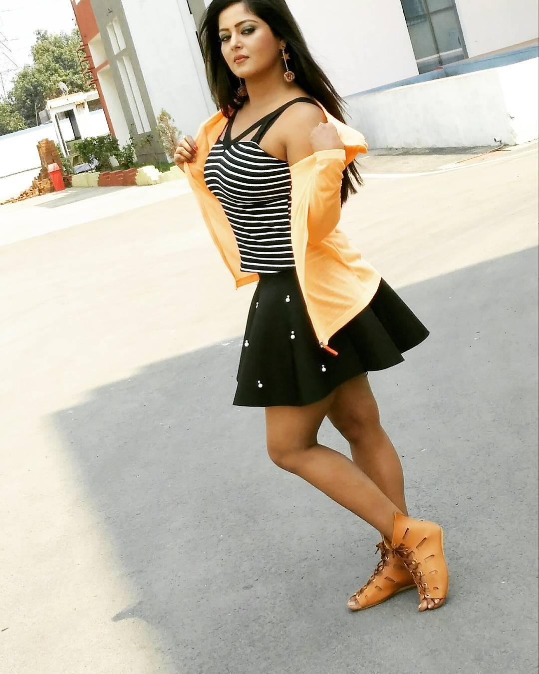 Anjana singh1 2