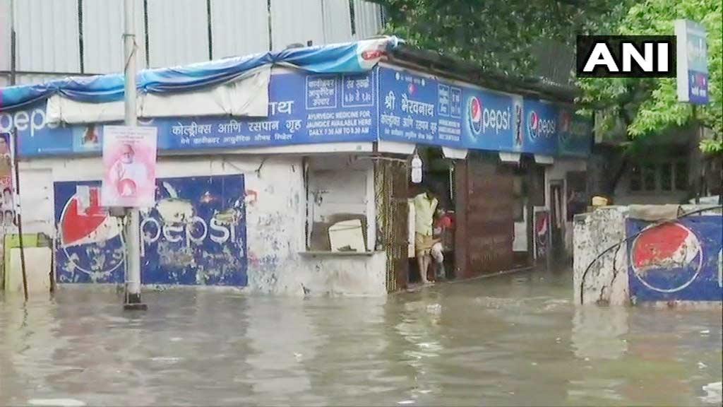 Mumbai rain 1