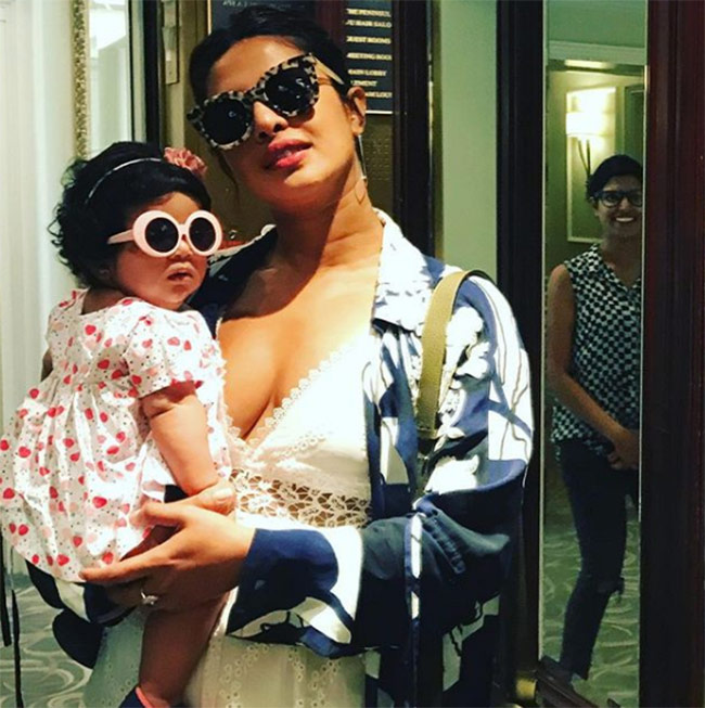 Priyanka chopra with her niece 201805 1526300961