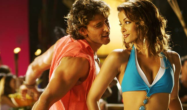 Hrithik Roshan and Aishwarya Rai in Dhoom 2