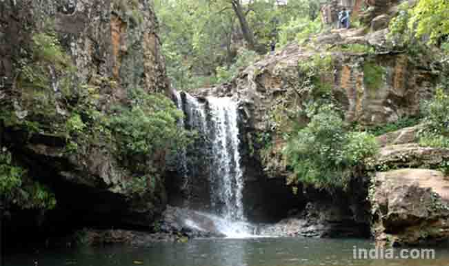 Pachmarhi-courtesy-indiantravellers.co.in