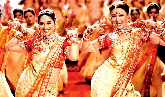 madhuri-dixit-and-aishwarya-dola-re
