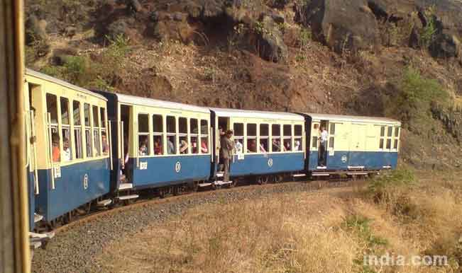 toy-train-matheran-courtesy-indiamike