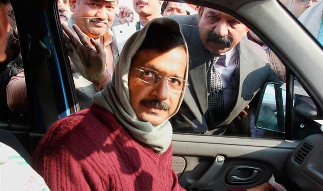 Arvind-Kejriwal-in-car