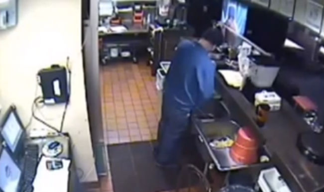 Pizza Hut manager fired for using kitchen sink as toilet - Watch video!