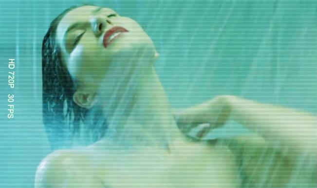 Sunny Leone_Shower Scene