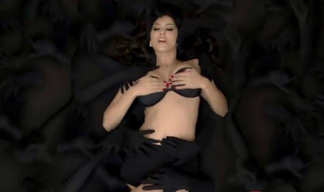 Sunny Leone_Baby Doll