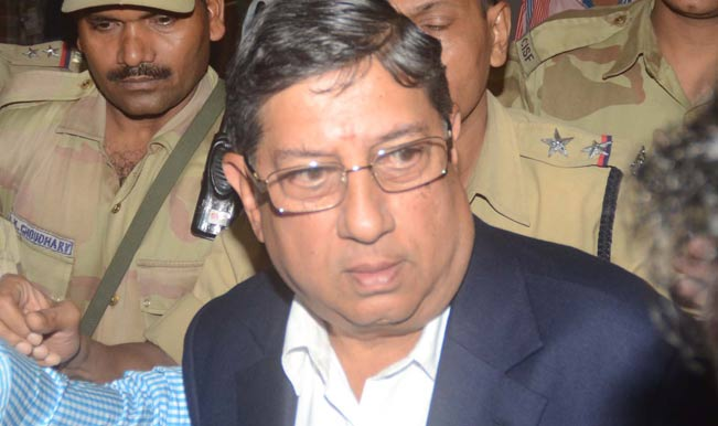 BCCI-President-N-Srinivasan-at-Kolkata-airport-on-arrival-on-May-25-1