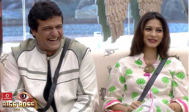 Armaan Kohli proposes Tanisha Mukherjee with a huge solitaire, marriage on cards