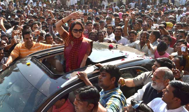 BJP-candidate-for-upcoming-2014-Lok-Sabha-Election-from-Mathura,-actress-Hema-Malin