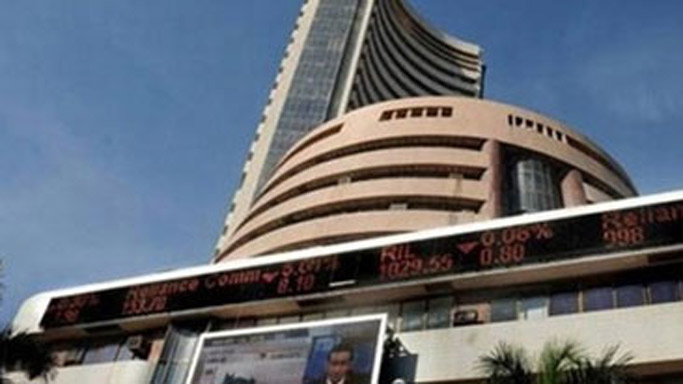 Sensex falls 147 points in early trade