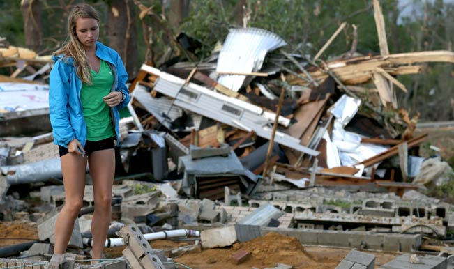 Severe storms leave 35 dead, thousand without power in US ...