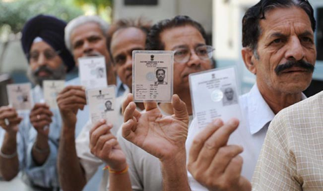 Karnataka polls: Moderate to brisk polling