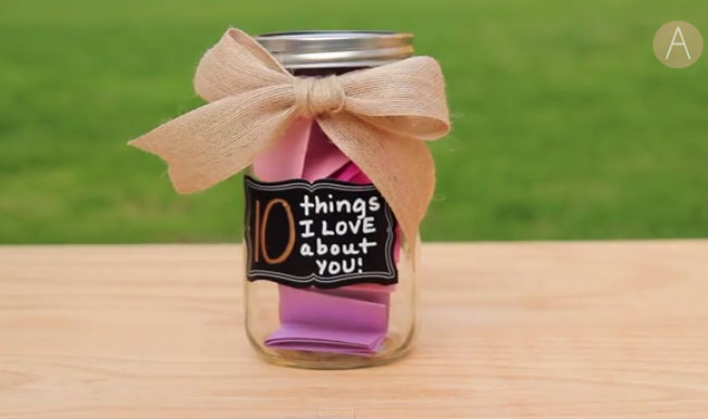 DIY Mother's Day Gift: '10 Things I Love About You' decorative jar!