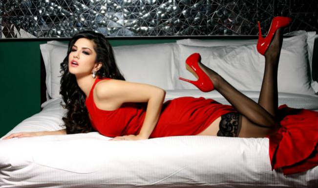 MTV Splitsvilla 7: Sunny Leone soars the temperature! Watch exclusive video