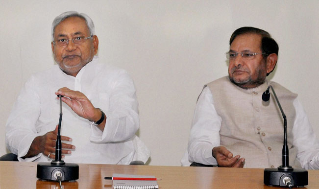 Nitish-Kumar-with-Sharad-Yadav-(2)