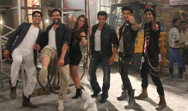 Making of 'Fugly Fugly' song: Watch the Fugly superheroes Salman Khana and Akshay Kumar