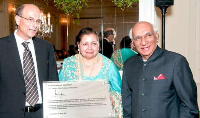 Yash Chopra and Pam Chopra