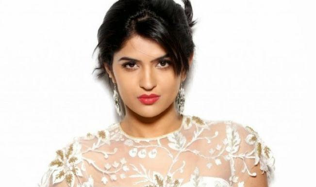 Don't feel overshadowed by Armaan: Deeksha