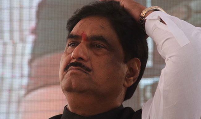 Bollywood pays tribute to Gopinath Munde's death on Twitter