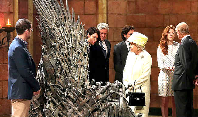 When real royalty Queen Elizabeth visited 'Game of Thrones' sets