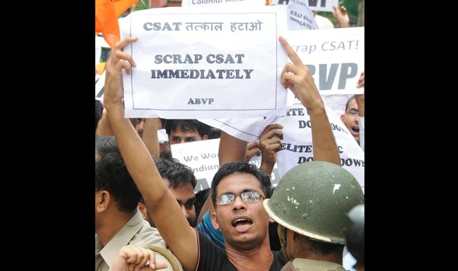 ABVP-activists-demonstrate-outside-UPSC-office-to-press-for-scrapping-of-Civil-Services-Aptitude