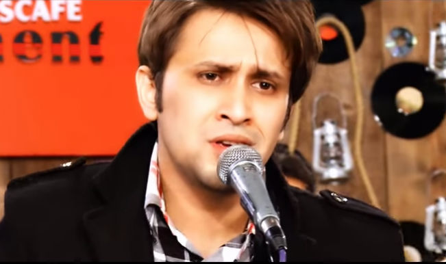 Listen to Ek Villain's original soundtrack 'Awari' by Pakistani band 'Soch'!