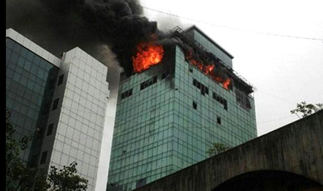 Mumbai Fire Fireman Killed In Mumbai High Rise Blaze 98392 on Salman Khan House Interior