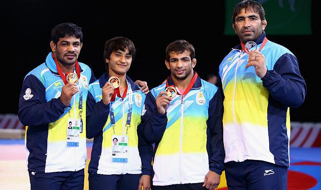 (L-R) Sushil Kumar (74kg), Vinesh (48kg), Amit Kumar (57kg), Rajeev Tomar (125kg)