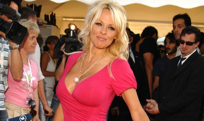 pamela-anderson-at-cannes