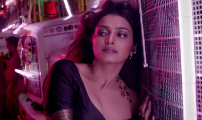 Watch: Prachi Desai in an exclusive interview about Ek Villain's hit song Awari!