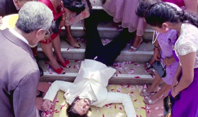 Deepika Padukone is a virgin, thanks to dead Ranveer Singh!