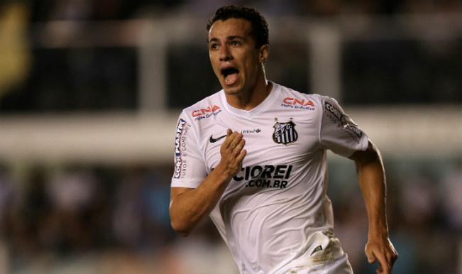 Football Transfer News: AC Milan, Benfica seek Leandro