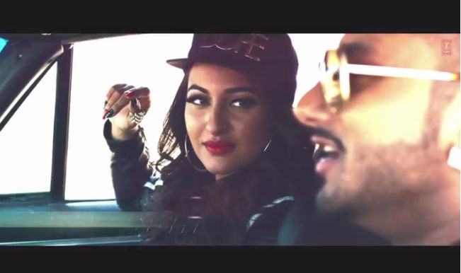Desi Kalakaar: Yo Yo Honey Singh and Sonakshi Sinha engage in high drama car chase