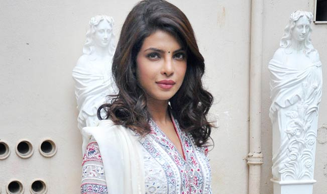 Priyanka-Chopra-(1)